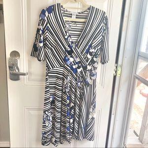 Studio One black & white stripe floral dress Sz M